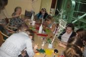 Obisk učencev OŠ Rodica in izdelovanje novoletnih okraskov